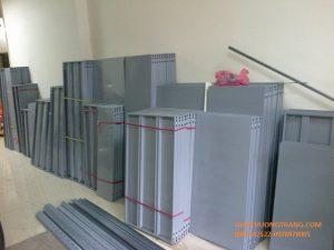 kệ sắt v lỗ tại Tuyên Quang